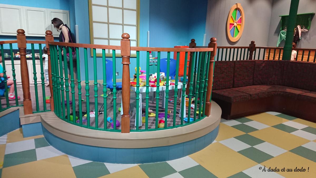 Barney : la dînette à Mattel Play Town