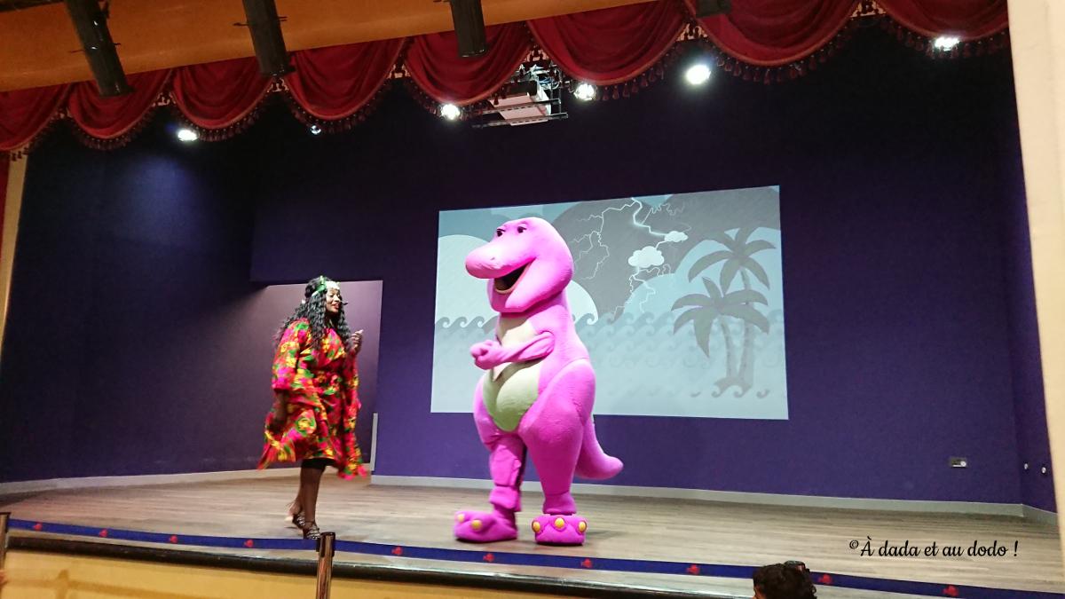 Spectacle de Barney