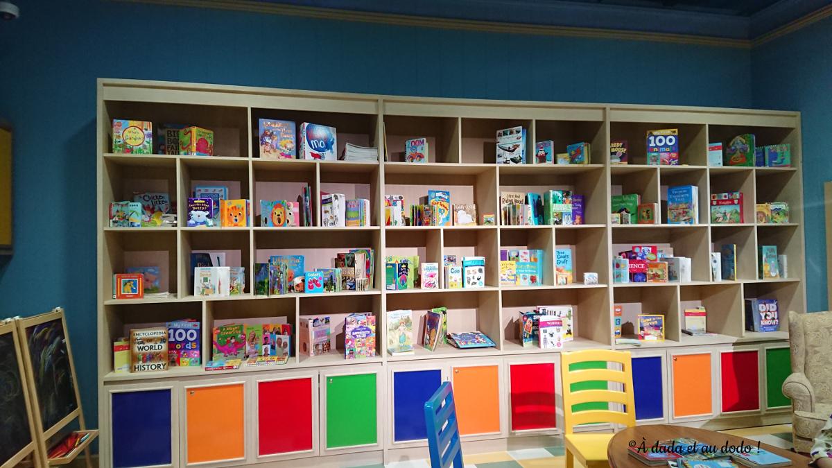 Barney : la bibliothèque à Mattel Play Town