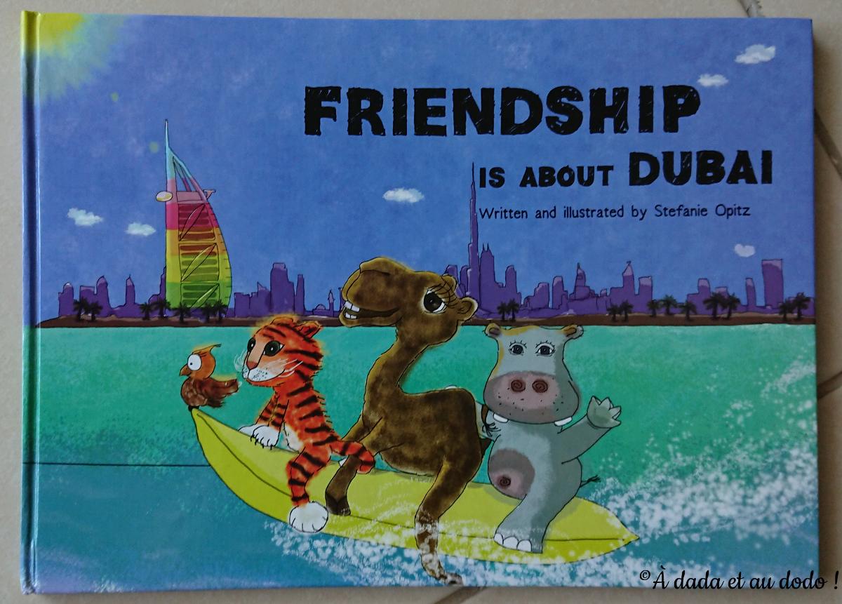 Voici le tout premier livre que nous avons acheté à Dubaï !