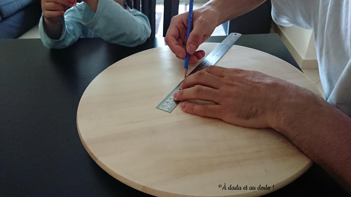 fabriquer un plateau tournant arc-en-ciel