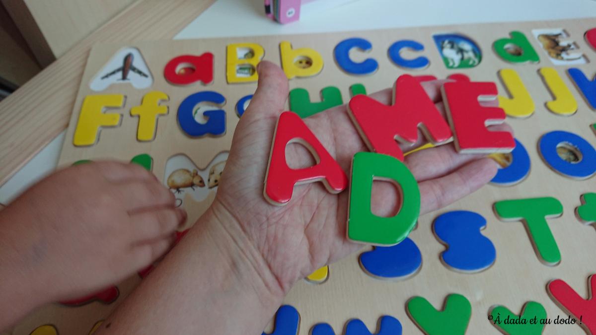 Lettres majuscules du puzzle Melissa & Doug