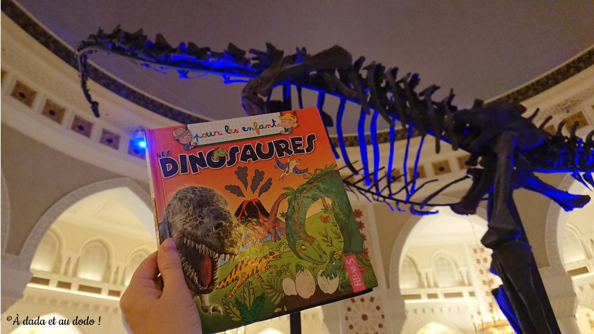 Dinosaure de Dubai Mall