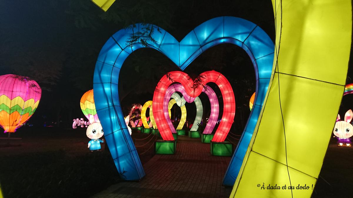 Dubai Garden Glow : l'allée des coeurs et les lapins