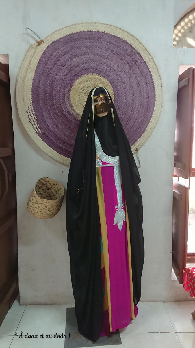 habit traditionnel des femmes aux Emirats Arabes Unis