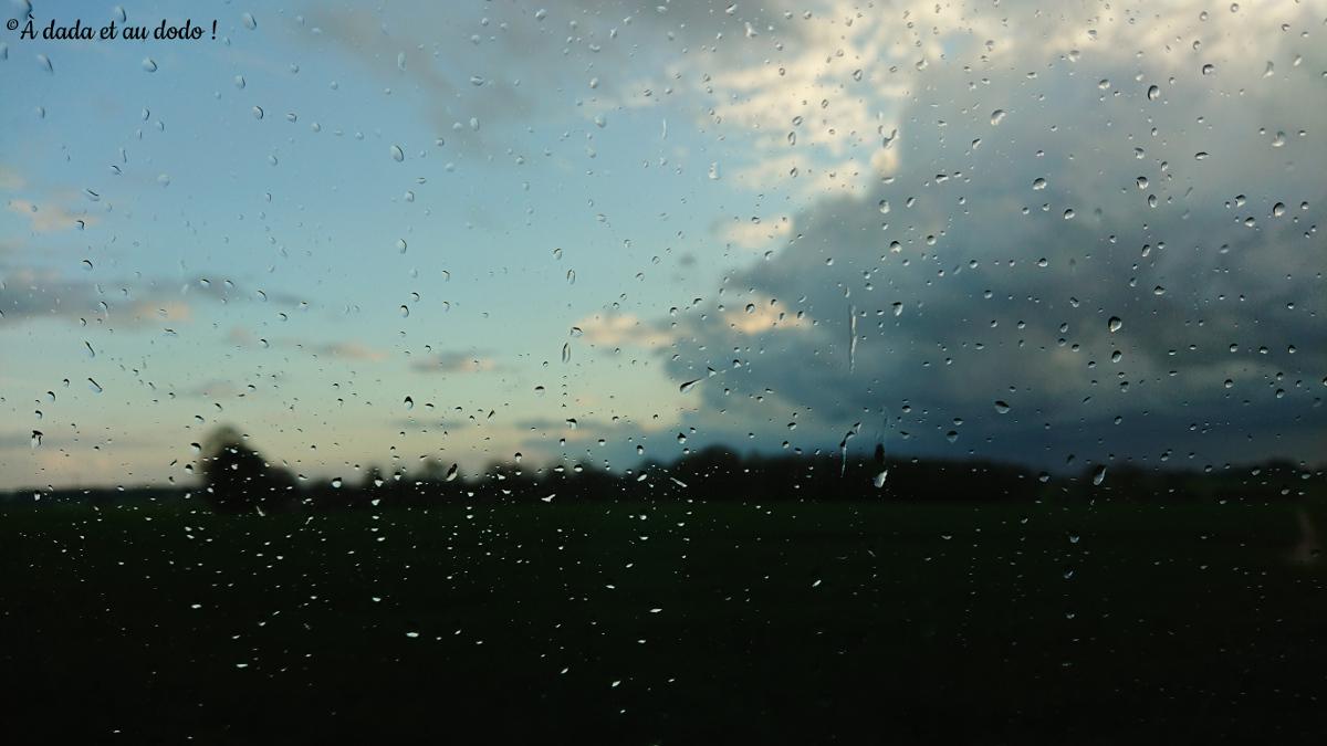 averse et ciel bleu